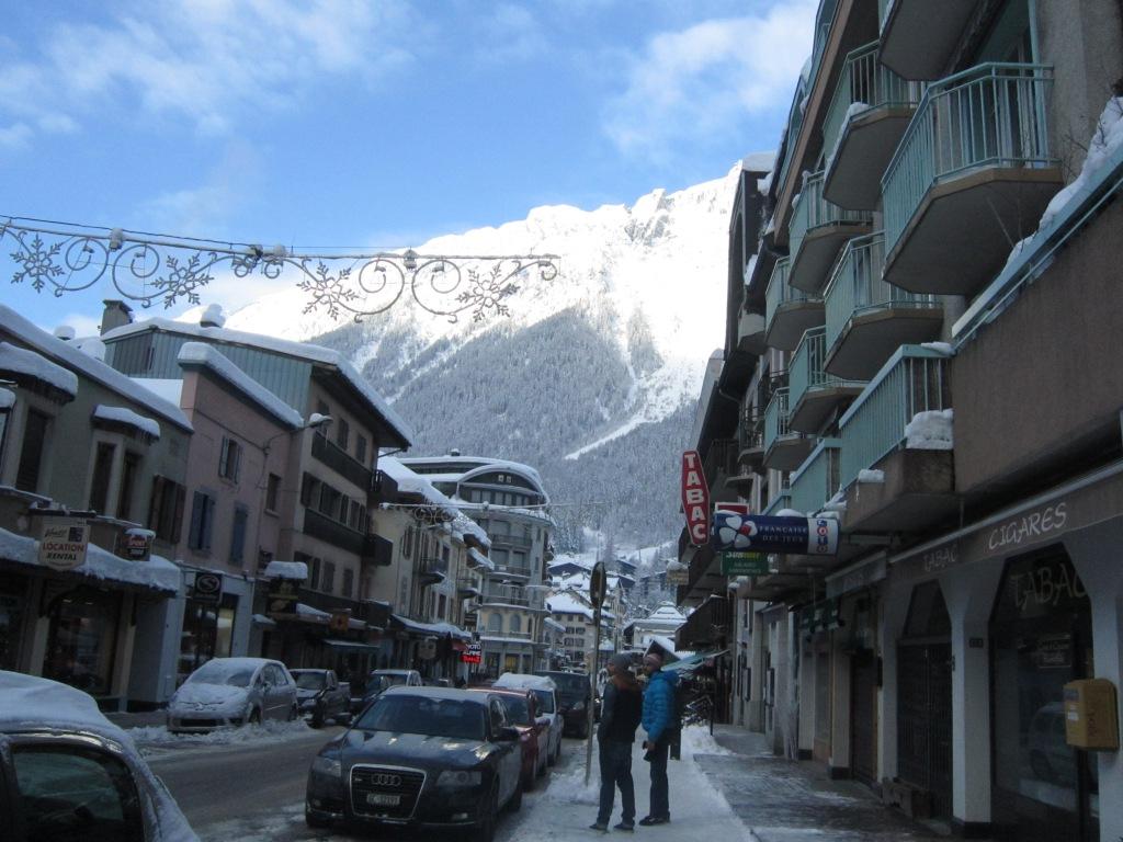 雪中的小镇