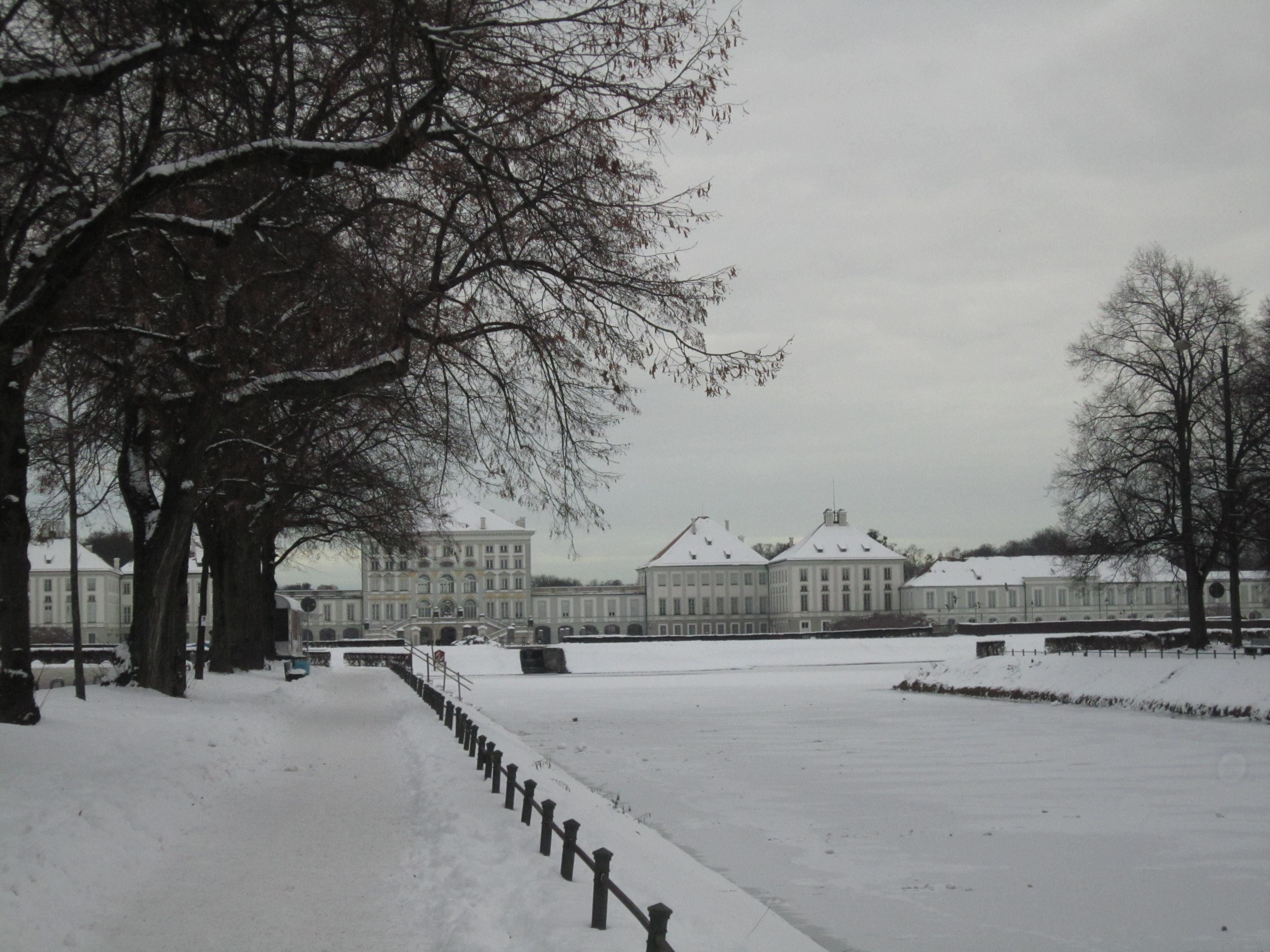 雪中的卢芬堡